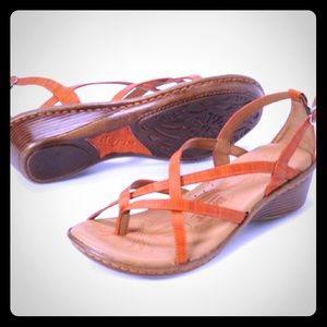 "Women's Born ""Savory"" sandals"